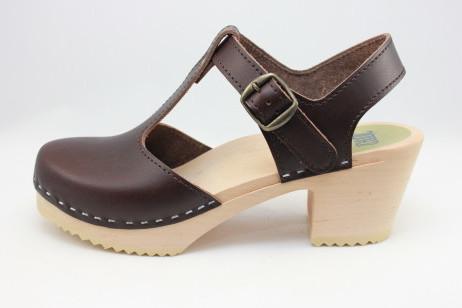 boston t strap sandal