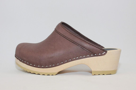conway ps open back clog