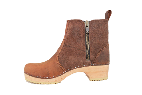 Edith Zipper Boot Low Heel<br />Brown Waxy Suede